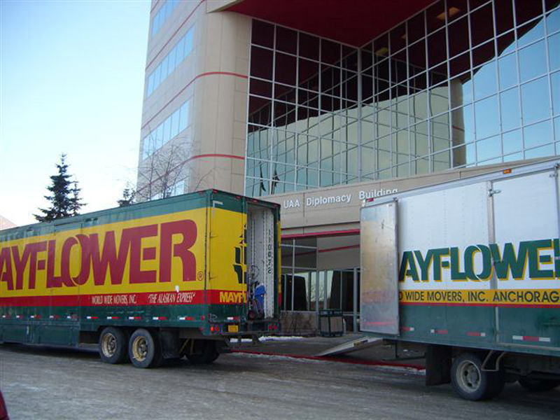 Corporate movers - Offices and university moving services